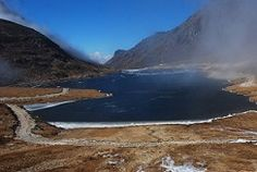 Sela Pass is the world's second highest motorable pass located in Tawang District of Arunachal Pradesh at an altitude of more than 13,000 feet. This high altitude gorgeous mountain pass connects Tawang to other parts of the country. The pass remains open throughout the year, although it shuts down every now and then in winter season due to the heavy snow.