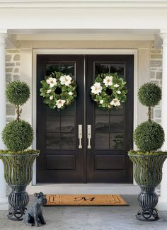 Black & white porch idea - Lifelike magnolia blossoms burst forth from the deep green leaves on the gorgeous Magnolia Wreath. The wreath features magnolias in every stage of growth, from the bulb to the full flower head. House Design, Exterior Design, Front Porch Decorating, Brick Exterior House, Home, Front Door, Home Decor, House Exterior, Front Yard