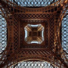 been ❥ // La Tour Eiffel, Paris, France Torre Eiffel Paris, Paris Eiffel Tower, Eiffel Towers, Paris Hotels, Hotel Paris, Oh The Places You'll Go, Places To Travel, Travel Things, Travel Stuff