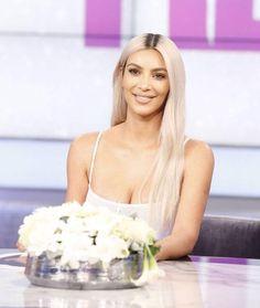 Kim Kardashian 11/16/17