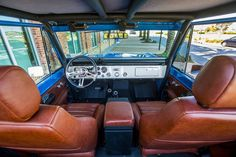 More from our latest interior shoot with the '76 Bronco. #classicfordbronco #classic #earlybronco #vintagebronco #fordbronco #Ford #bronco #fordsofinstagram #earlybroncodrivers #fordtruck #fordracing #4x4 #shoplife #broncolife #Pensacola #blue #velocityrestorations