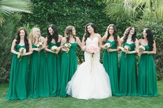 In love with these emerald green bridesmaid dresses