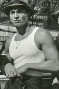 Benjamin Bratt in Blood in Blood out