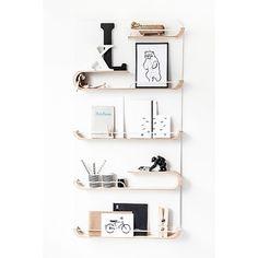 Rafa-kids shelf XL - Designer: Agata & Arek Seredyn Material : 100% Finnish Birch plywood and powder coated metal