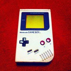 Interesting one by nxbxo #gameboy #microhobbit (o) http://ift.tt/1QAzZ5x 小さい頃はこれでワリオとカービィばっかりしてた   #ゲームボーイ #星のカービィ #ワリオランド