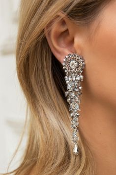 Super jewerly making metal style ideas Beaded Tassel Earrings, Big Earrings, Beaded Brooch, Chandelier Earrings, Statement Earrings, Beaded Jewelry, Drop Earrings, Crystal Embroidery, Handmade Beads