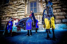 Florence and all Tuscany during Easter wear its Medival clothes.