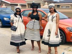 South African Dresses, South African Traditional Dresses, African Maxi Dresses, African Wear, African Attire, Traditional Outfits, African Fashion, Xhosa Attire, African Wedding Attire