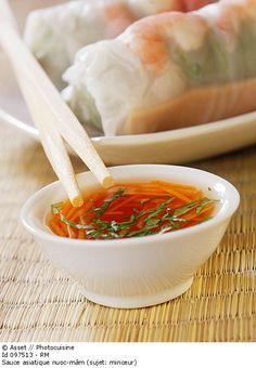 Détail de l'image 097513: Sauce asiatique nuoc-mâm (sujet: minceur)