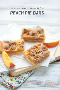 Cinnamon Streusel Peach Pie Bars | recipe on www.crumbsandchaos.net