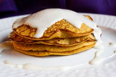Pumpkin Oatmeal Protein Pancakes. Ingredients: oats, cottage cheese, pumpkin, almond milk, egg, egg white, cinnamon, pumpkin pie spice. Topping: cream cheese, maple syrup