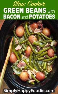Slow Cooker Green Beans with Bacon and Potatoes is a delicious Southern style slow cooker side dish. Tender green beans seasoned with bacon, garlic, and onion makes the best crock pot green beans with bacon and potatoes recipe! Ham And Green Beans, Crockpot Green Beans, Green Beans And Potatoes, Cooking Green Beans, Green Beans Slow Cooker, Slow Cooked Green Beans, Vegetable Slow Cooker, Crock Pot Vegetables, Veggies