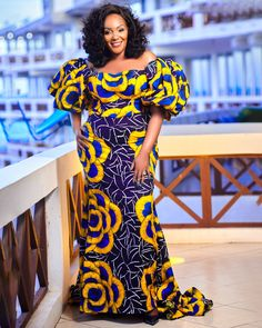 Its African prints time. Kitenge available Jumla na rejareja. Only 30000 Delivery mpaka mlangoni. Call/ text/ what's up. African Maxi Dresses, African Attire, African Traditional Wear, Unique Ankara Styles, Kitenge, Woman Dresses, African Prints, Couture, African Style