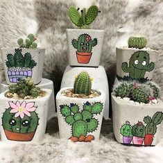 Cute print cactus and succuelent concrete planters.Shop online for all your Cactus and Succulent must haves. Our selection of decorative planters will help you add plenty of personality to your space. Painted Plant Pots, Painted Flower Pots, Flower Pot Crafts, Clay Pot Crafts, Patio Plus, Decorated Flower Pots, Cactus Pot, Cactus Plants, Cactus Painting