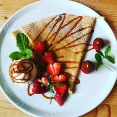 Nutella Crepes, Starbucks Drinks, Coffee Shops, Finger Foods, Pancakes, Deserts, Ice Cream, Yummy Food, Favorite Recipes