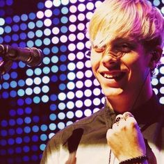 Riker Anthony Lynch quit killing me with that smile!!! You're not even trying!
