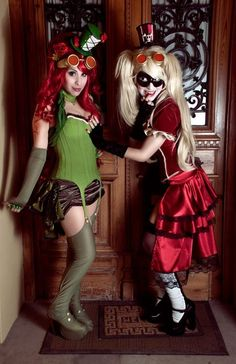 Harley Quinn and Poison Ivy (Steampunk/Burlesque) Photographed by ShamblesofHearts  Harley Quinn cosplayed by Sandysuicide  Poison Ivy cosplayed by Candustark