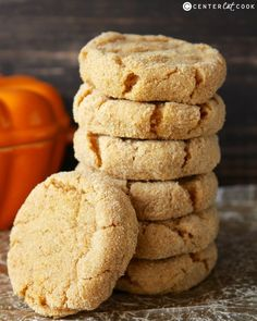 Pumpkin Cheesecake Cookies- these cookies are easy and so delicious! The best pumpkin cookie.