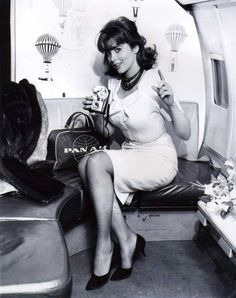 Tina Louise B&W Classic Celebrity Photo Tina Louise, Female Actresses, Actors & Actresses, Vintage Hollywood, Classic Hollywood, Ginger Grant, Pin Up, Girls With Cameras, Glamour Photo