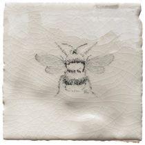 Bumble bee tile - love it! Tiles Uk, Wall Tiles, Downstairs Loo, Bathroom Renovations, Bathroom Ideas, Beautiful Kitchens, Tile Floor, Shabby Chic