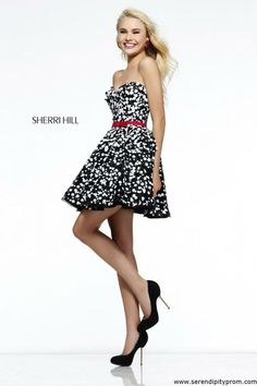 Sherri Hill 11117 prom dress https://www.serendipityprom.com/proddetail.php?prod=sherrihill11117bw