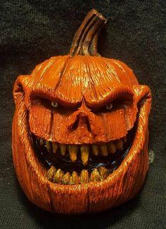 Scary Pumpkin Faces, Scary Halloween Pumpkins, Diy Halloween Decorations, Halloween Crafts, Halloween Stuff, Scary Pumpkin Carving, Halloween Magic, Pumpkin Carvings, Fall Halloween