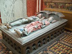 Tomb of Albrecht of Sweden in Doberan monastery minster church in Mecklenburg. Both the statue of Albrecht as well as the epitaph in the background sport typical 15th century Scandinavian/German longswords with very long handles.