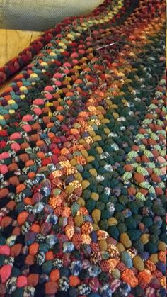 Braided x 5 foot wool rug in autumn colors – will create just for you – Rug making Braided Rag Rugs, Homemade Rugs, Rug Loom, Crochet Rug Patterns, Crochet Stitches, Rug Hooking, Rugs On Carpet, Lana, Braids