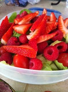 How to Make a Fresh Healthy Summer Salad!!