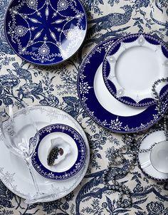 Dive into this indigo dinnerware.