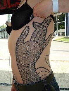 45 Popular Hamsa Tattoo Designs for Women (With Meaning) Hand Tattoos, Yoga Tattoos, Body Art Tattoos, Tatoos, Tattoo Art, Tattoo Drawings, Hamsa Tattoo, Design Tattoo, Tattoo Designs