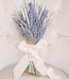Pastel perfection #WeddingWednesday #YorkdaleStyle