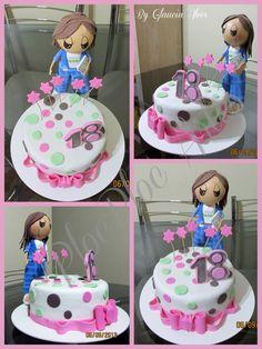Bolo dezoito anos, com boneca em EVA estudante. www.facebook.com.br/plocplocartes