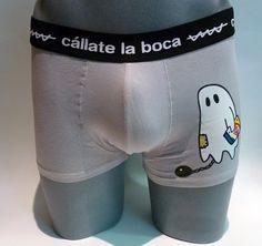 Boxer Cállate la boca ghost - ENVÍO 24/48h - Boxer en tono gris con el dibujo de un fantasma en la pierna. Tu ropa interior masculina en Varela Íntimo. #calzoncillos #hombre #modahombre #ropainterior http://www.varelaintimo.com/marca/5/callate-la-boca
