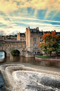 The famous Poultney Bridge, Bath. England.
