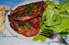Reţete şi poveşti: Spată de porc la grătar cu salată