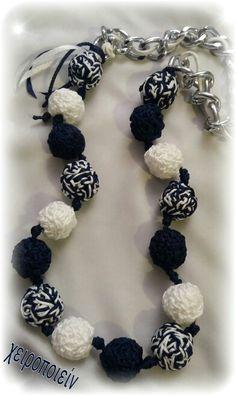 Πλεκτό κολιέ -χειροποίητες πλεκτές χάντρες με βελονάκι  Chroset necklace Χειροποίητα κοσμήματα Crochet Necklace, Beaded Bracelets, Knitting, Handmade, Jewelry, Fashion, Jewellery Making, Moda, Hand Made