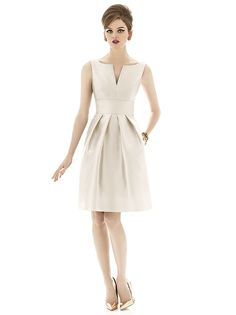 Alfred Sung Style D654 http://www.dessy.com/dresses/bridesmaid/d654/?color=maize&colorid=1290#.VJEHmnu6adl
