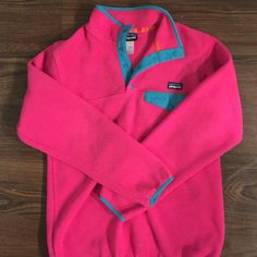 Women's Patagonia pullover Hot pink with turquoise trim, fleece pullover Patagonia Jackets & Coats