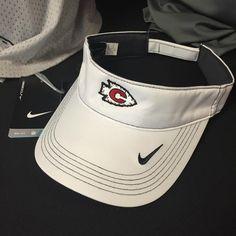 Only a few #ClintonArrow Nike visors left!