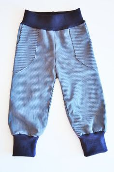 Jungshose aus der der Mutter / Boy's pants made from mom's old pair of trousers / Upcycling