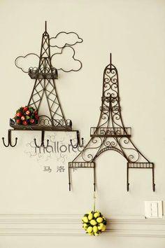 Eiffel Tower Iron hook, clear decorative little room ~ Paris Room Decor, Paris Rooms, Paris Theme, Torre Eiffel Paris, Tour Eiffel, Paris Bathroom, Wire Crafts, Wire Art, Home Decor Furniture