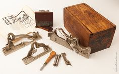 Near Mint! STANLEY No. 444 Tongue and Groove Plane 100% COMPLETE in its Original Chestnut Box