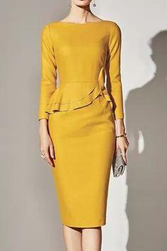 Polka Dot Bodycon Dresses, Peplum Dress, Dress Sleeves, Mode Chic, Mode Style, Women's Fashion Dresses, Dress Outfits, Boat Neck Dress, Dress Silhouette