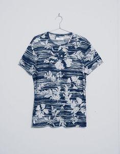 89f43bb922ad Estampa Masculina, Acessórios Masculinos, Roupa De Verão, Camisetas  Criativas, Estampas Criativas,