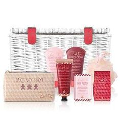 Zoella Pamper Hamper - Luxury Beauty - amzn.to/2hZFa13 luxury beauty products - http://amzn.to/2hu7dbB
