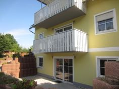 This apartment is on the bottom floor of a single family home built in 2008 locacted in Grafenwoehr.  <br> <br>It offers a living/dining area with access to a big patio, a built in kitchen, a full bathroom and a laundry room.  <br> <br>The tiles are with heated floors. <br> <br>total living space approx. 95 s.qm <br> <br>rent: neg. <br> <br>available from the 1st of September  <br> <br>For further information please call Annette 0172 68 71 012 or send a message. <br> <br>NO REALTOR FEE