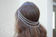 Get The Look: Rose Byrne hair wraps, hair braids, hippie hair wraps. Feathered Hairstyles, Diy Hairstyles, Diy Hair Jewellery, Jewlery, Bridal Hair Chain, Chain Headband, Lace Headbands, Silver Hair Accessories, Diy Accessories
