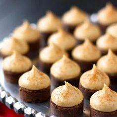 Espresso Brownie Bites with Kahlua Buttercream Kisses Recipe Fancy Desserts, Just Desserts, Delicious Desserts, Yummy Food, Gourmet Desserts, Tea Party Desserts, Russian Desserts, Brownie Desserts, Plated Desserts
