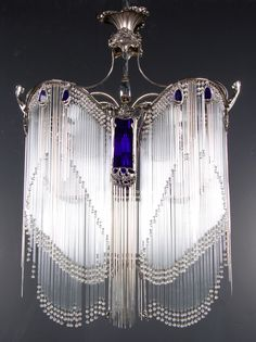 Just Beautiful: Art Nouveau Hector Guimard lustre // chandelier. Estilo Art Deco, Muebles Estilo Art Nouveau, Mobiliário Art Nouveau, Art Nouveau Design, Unique Lighting, Vintage Lighting, Moda Art Deco, Lampe Art Deco, Art Deco Chandelier